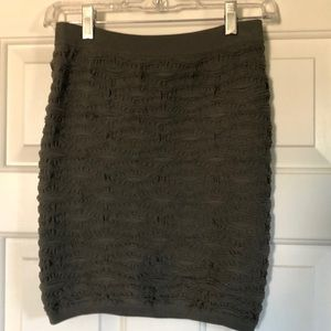 Woman's skirt in army green